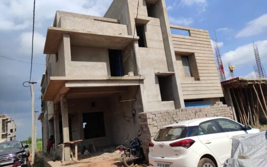 Commercial building for sale in Bhubaneswar